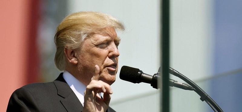 Trump részvétet nyilvánít: kihangosítva, közömbösen