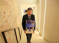 Vizsgálat indul Hadházy Ákos EU-ügyészségi aláírásgyűjtése miatt