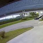 Car crashes into car in Florida - Video
