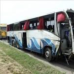 Nyaralásból hazatérő szlovák és cseh turisták haltak meg a szerbiai buszbalesetben
