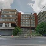 Tíz éve üresen áll Budapest közepén ez a hatalmas épület, végre felújítják