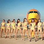 Alulöltözött szupermodellek hirdetik a thai légitársaságot