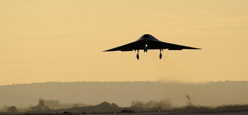 Izraeli harci repülők bombázták Szíriát