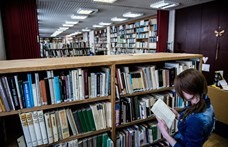 Kétezer eurós könyvtári bírság másfél hónapos késésért