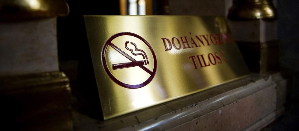 dohányzásellenes szálloda)