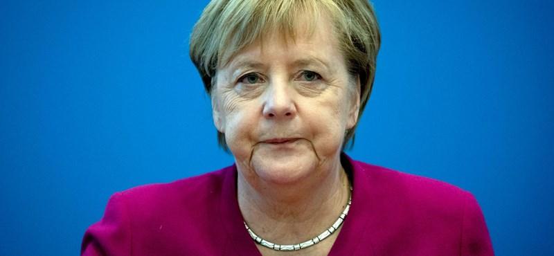 Merkel nagypolitikába visszatérő kihívója aligha vágyott ilyen típusú ismertségre