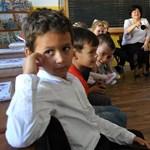 Mi a baj a közoktatással?