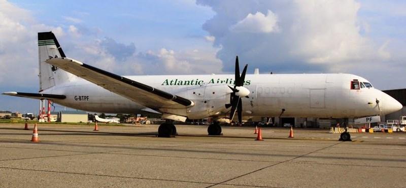 Igazi repülőgép-ritkaság landolt Ferihegyen – fotók