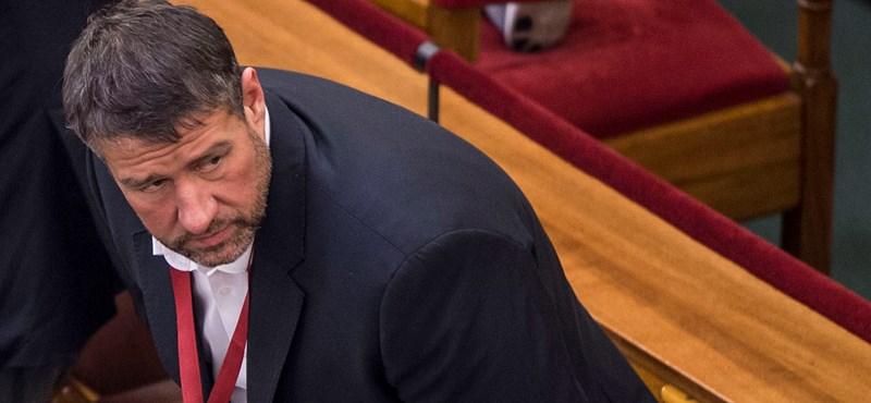 Elutasította a fideszes Simonka panaszát az ügyészség