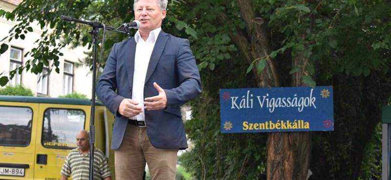 Más nevében hamisan vádolták meg a Fidesz politikusát a kampányban