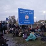 Megindult a forgalom a kelebiai határátkelőnél