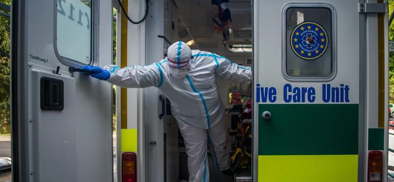 Népszava: Több ezer helyszínre nem értek oda a mentők mintát venni az elmúlt napokban