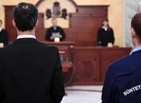 A jövő héten tárgyalja az Alkotmánybíróság a lúgos orvos panaszát