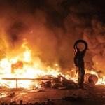 Eldurvult a helyzet Kijevben, bezárták az iskolákat