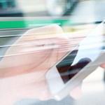 Ingyen függetleníti majd a mobilokat a Telekom, a Telenor és a Vodafone