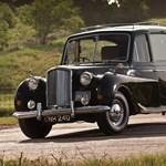 100 millióért eladó John Lennon híres fekete autója