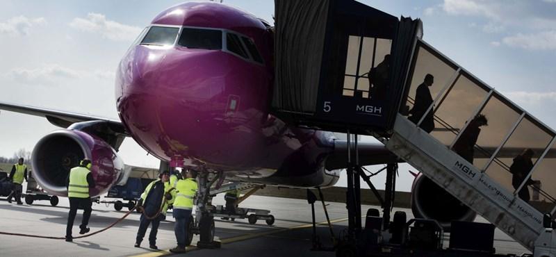 fa9930c51220 Élet+Stílus: Verekedés volt a Wizz Air Budapestre tartó járatán - HVG.hu