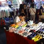 Az olcsó ruhákkal és cipőkkel csaló kínaiak miatt követel eurómilliárdokat Londontól Brüsszel