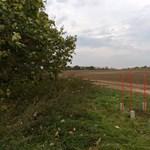 Elcsatoltak egy területet Magyarországtól, Vértesacsa mellett mostantól egy négyzetméternyi Arcadia van