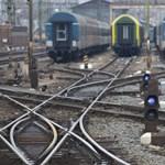 Elvehetik az ingyenes vonatjegyet: Spaller egyelőre nem hátrál