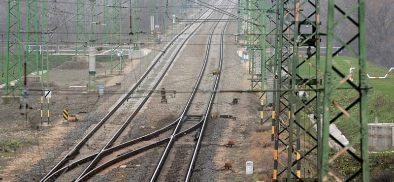 Kína nagyon aggódik a Budapest-Belgrád vasútvonal miatt