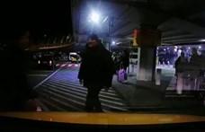Kirúgták a biztonsági őrt, aki megütött egy taxist Ferihegyen