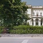 Rogán-, Habony- és Tiborcz-közeli vevőké lett több állami épület