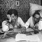 Matrózblúz, töltőtoll és tanulás az utolsó percekben: régi fotók az érettségiről