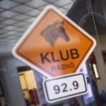 Visszaszámolnak: éjfélkor a Klubrádiónak kell lekapcsolnia saját magát