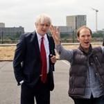 Benedict Cumberbatch megmutatta, hogy bármilyen hazugságot képes beadni a briteknek
