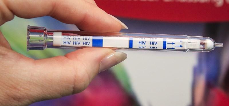 Hárompercenként megfertőz egy tizenéves lányt a HIV-vírus
