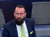 Bocsánatot kért Szájer József a spanyol nagykövettől
