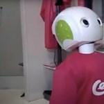 Egy japán boltban robot szól rá az arcmaszk nélkül vásárlókra – videó