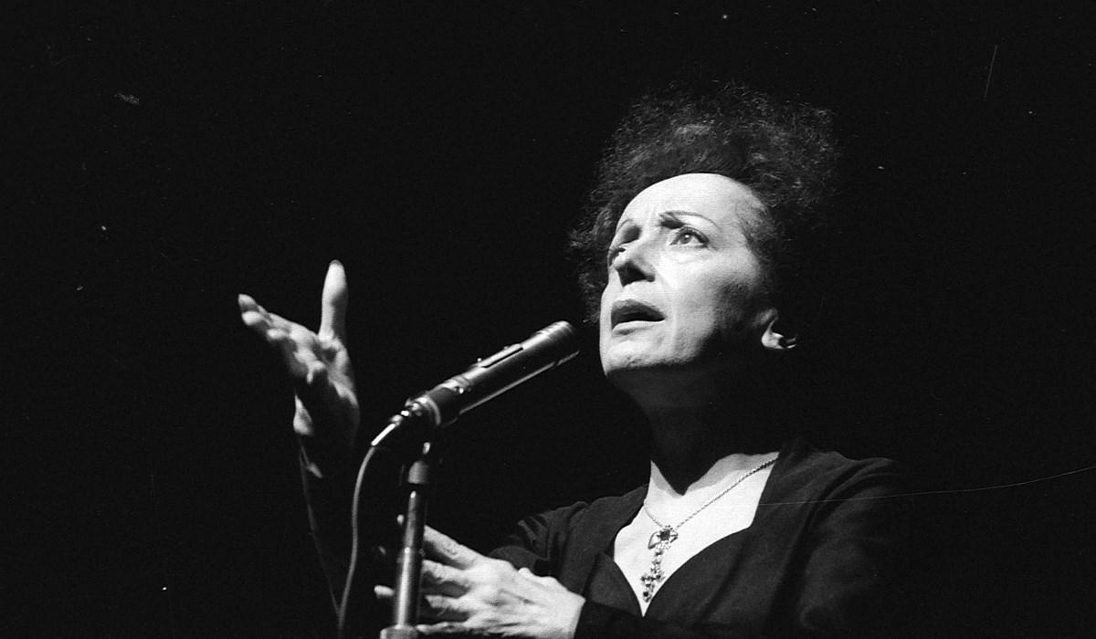 50 éve halt meg Edith Piaf – Nagyítás-fotógaléria