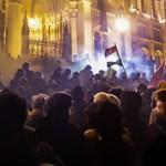 Levélben segít a Fidesz politikusainak, mit mondjanak a túlóratörvényről