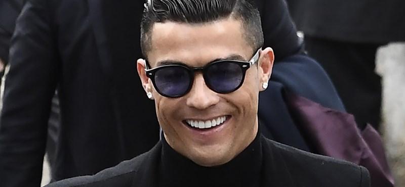 Ronaldo újra magára húzza a portugál válogatott mezét