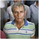 Bekötözött füllel fotózták le a török légierő volt parancsnokát