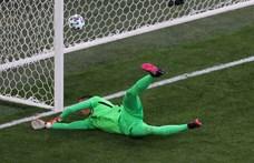Sosem volt még ilyen Eb-n: kapus szerzett öngólt a lengyel-szlovák meccsen – percről percre a foci-Eb negyedik napjáról