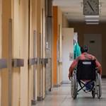Rokkantnyugdíjasok kárpótlása: az Emmi még csak az Ab-döntést olvasgatja
