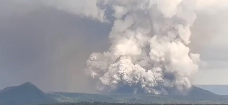 Kitört a Taal tűzhányó a Fülöp-szigeteken, több ezer embert kell kimenekíteni