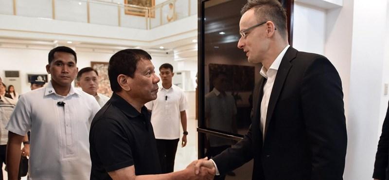 Ötezer forintból vizsgálják Duterte drogellenes rémtetteit