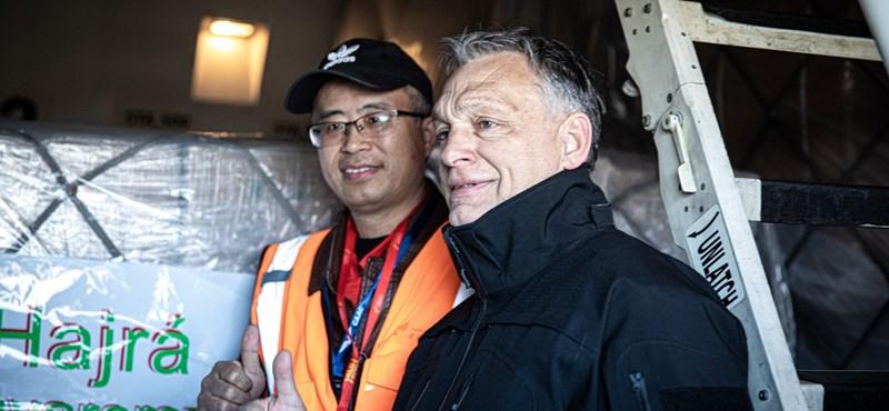 Eddig száz gép, 131 millió maszk és 3000 lélegeztetőgép érkezett Kínából