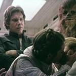 """""""Úgy csókolóztunk, mint a tinik"""" – Mark Hamill remek sztorikat osztott meg a Star Wars-forgatásokról"""