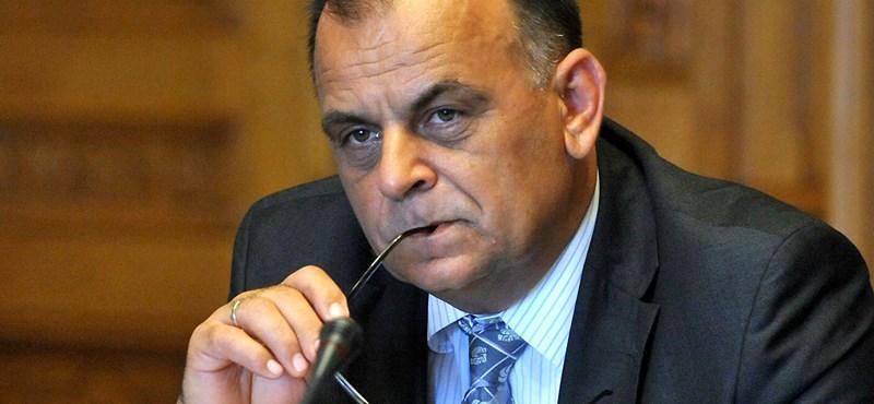 Más fideszesek is azt gondolják a kormánysajtóról, mint a szókimondásba belebukott Varga István