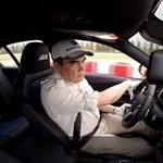 Van egy ország, ahol a driftelés az államelnök kedvenc sportja – videó
