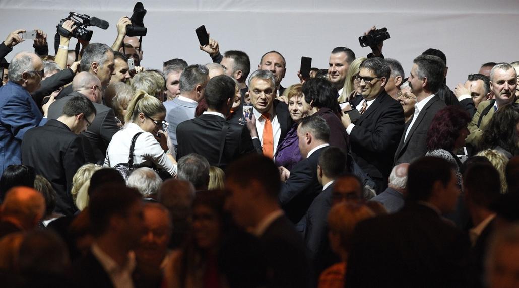 e_! - hvg év képei 2017 nagyítás - rev.17.11.12. - Orbán Viktor a Fidesz tisztújító kongresszusán november 12-én.