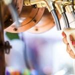 Majdnem annyi ízesített alkoholmentes sört iszik a magyar, mint szuper prémium minőséget