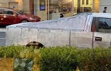 Cybertruck lett a Ford egy autójából