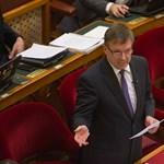 Matolcsy: a kormány szerint a deficit 3 százalék alatt marad