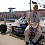 Fiatal magyar pilóta kapott helyet Vettel egykori csapatában